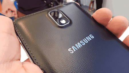 galaxy-note-3-black-leather-back.png