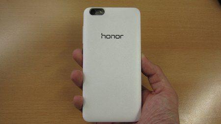 386678d1428847102-honor-4x-im-hands-budget-smartphone-hinterlaesst-einen-positiven-eindruck-revi.jp