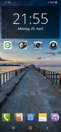 Screenshot_20190429-215506_Nova Launcher.jpg