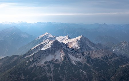 View-from-the-Zugspitze-2560x1600.jpg