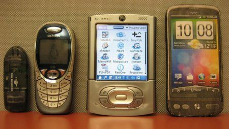 htc_desire_vs_Palm_T3.jpg