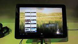 64837d1326278796t-acer-iconia-tab-a510-mit-nvidia-tegra-3-auf-der-ces-acer_iconia_tab_a510_hands.jp