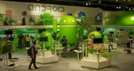androidstand.jpg