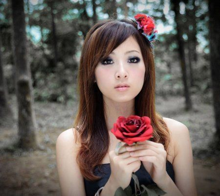 girl-and-a-red-rose-wallpaper.jpg